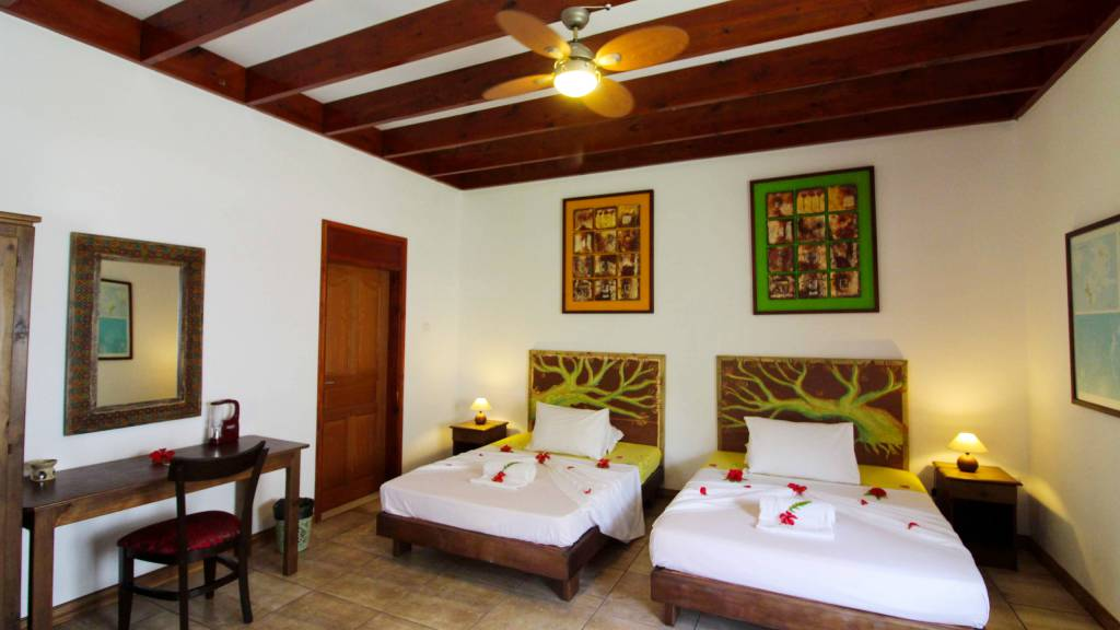takamaka-green-village-seychelles-room-QR7